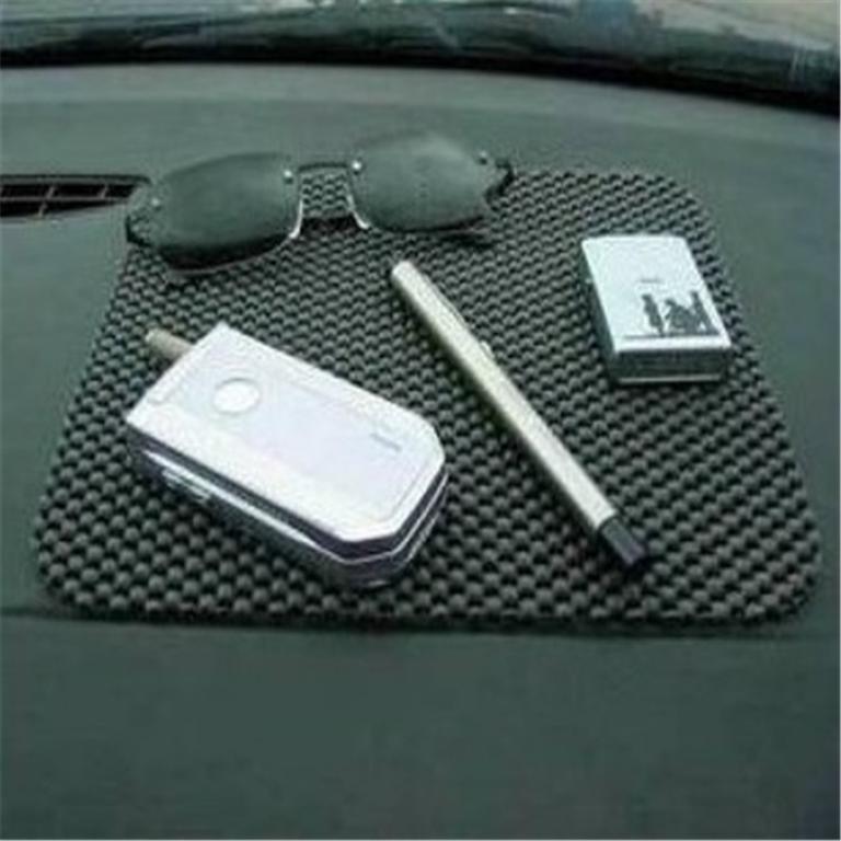 Black Color Car Non Slip Dashboard Mat Key Pads Holder