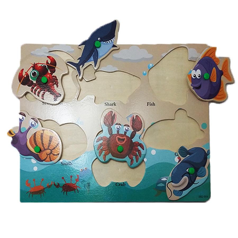 wood-board-large-sea-animals