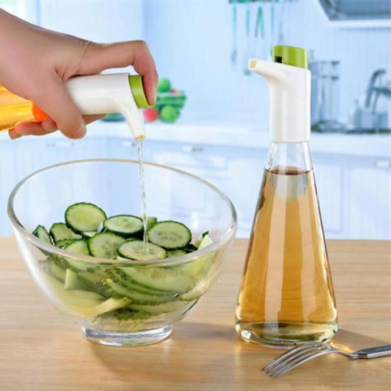 Oil - Vinegar Cruet Set With Adjustable Flow Control - Green