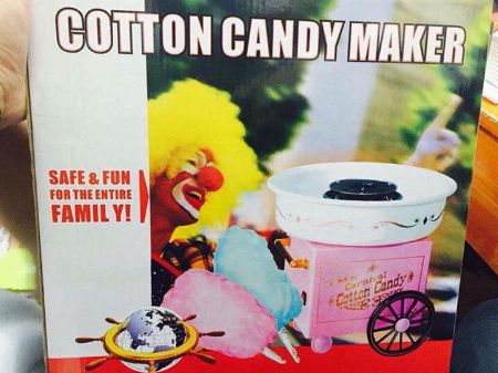 Vintage-mini-cart-candy-maker