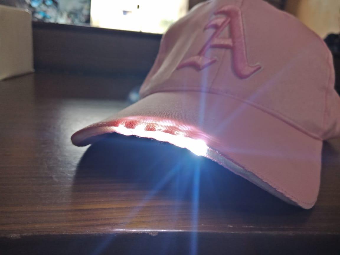 LED-Light-Cap