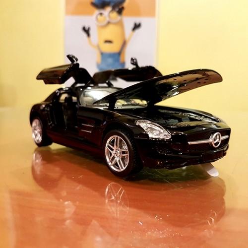 MercedesBenzModelToyCar