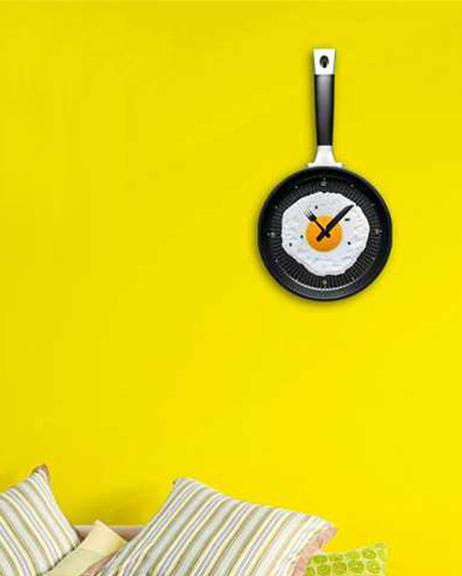 Creative Omelette Frying Pan Kitchen Fried Egg Wall Clock