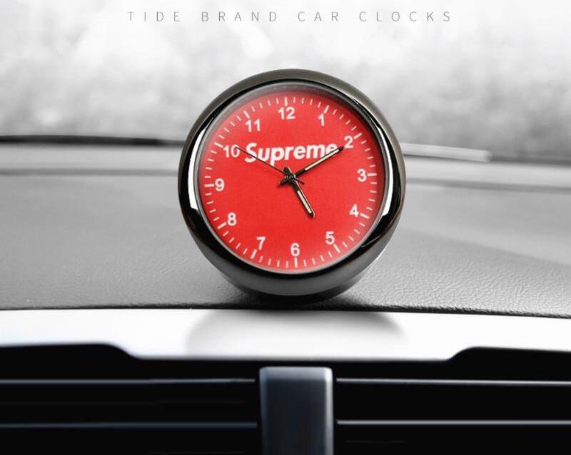 Supreme-Design-DASHBOARD-CLOCK