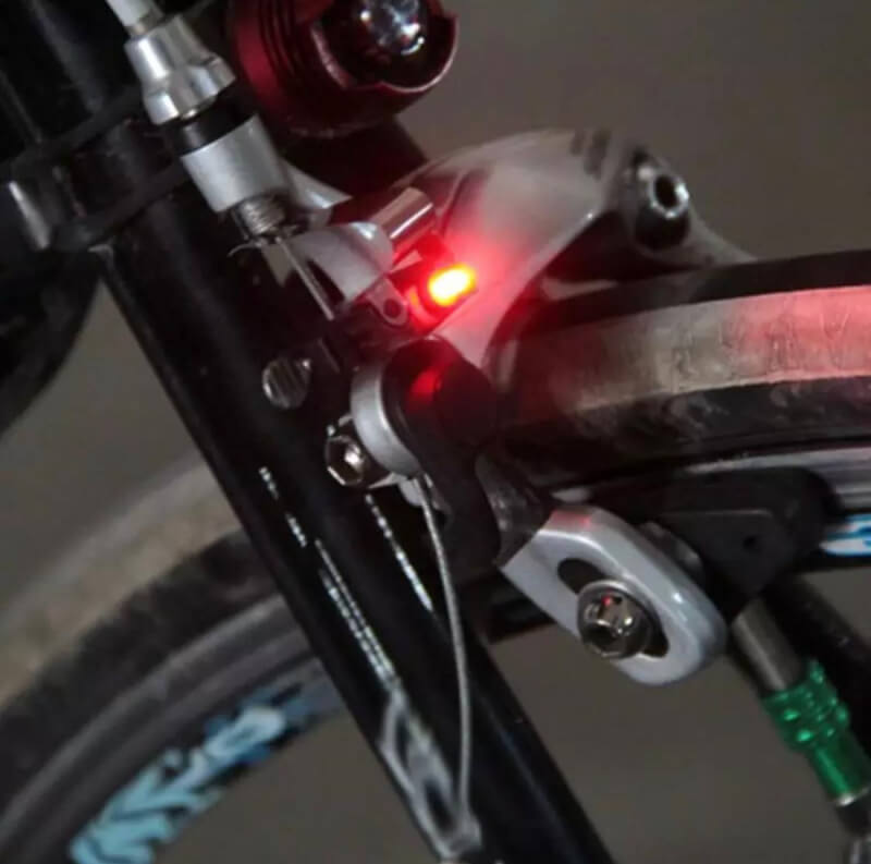 1Pc Bicycle Rainproof Brake LED Red Lamp Light With Battery