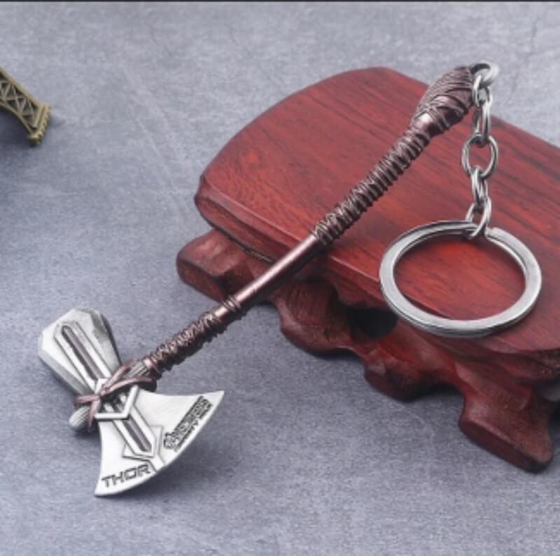 Marvel-Thor-Axe-keychain