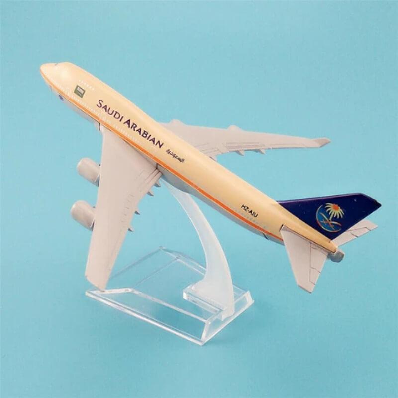 Metal Airplane - Saudi Arabian Boeing 777
