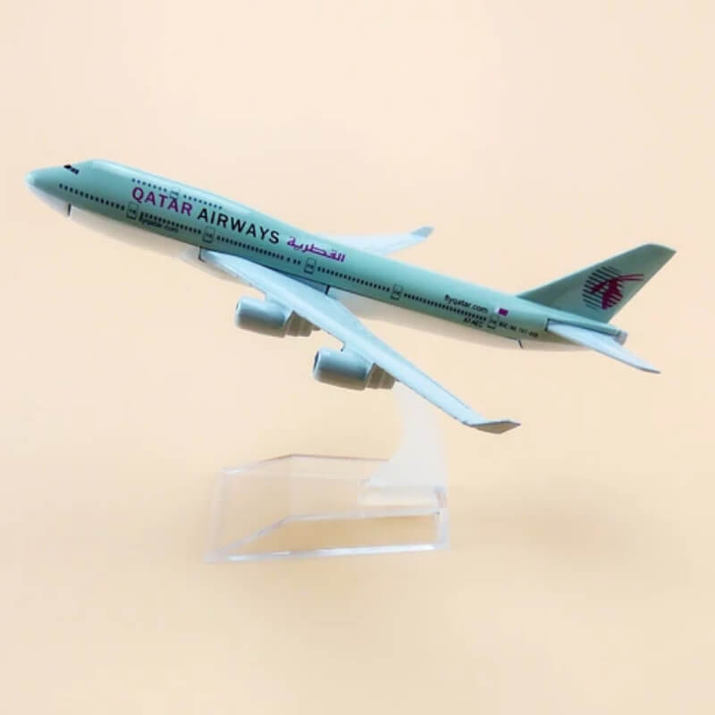 qatar-airways-b747