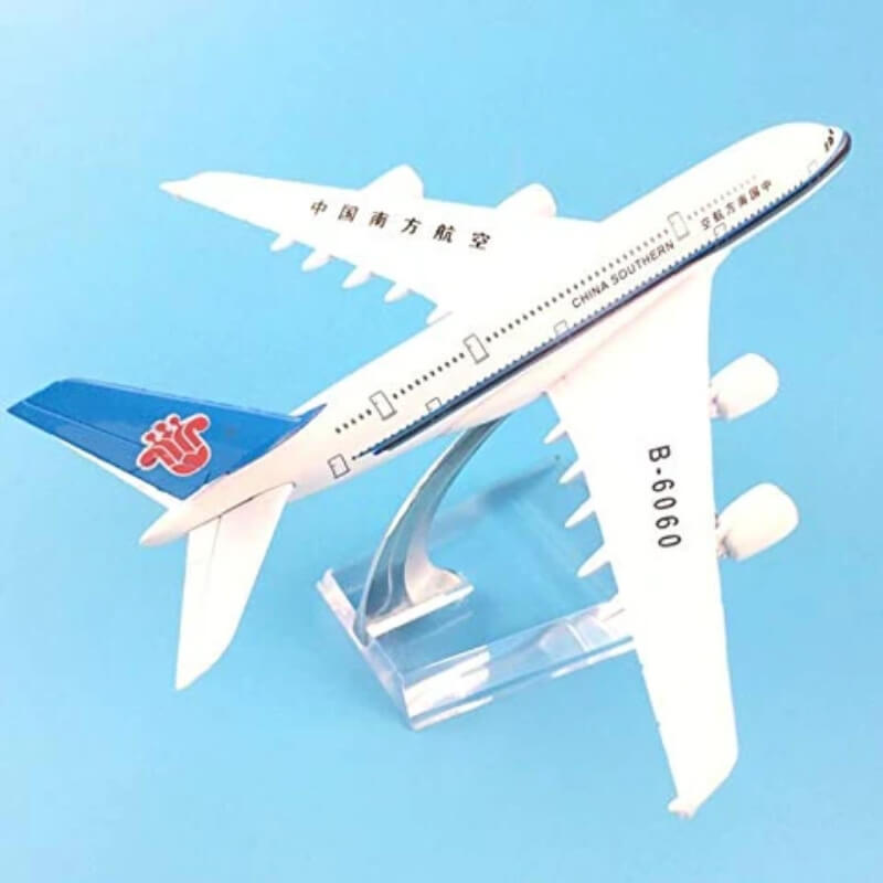 Metal Airplane - China Southern B-6060