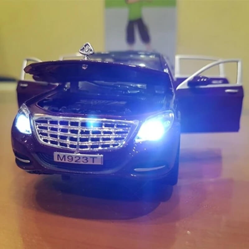 Metal Body Mercedes Maybach With Lights and Sound