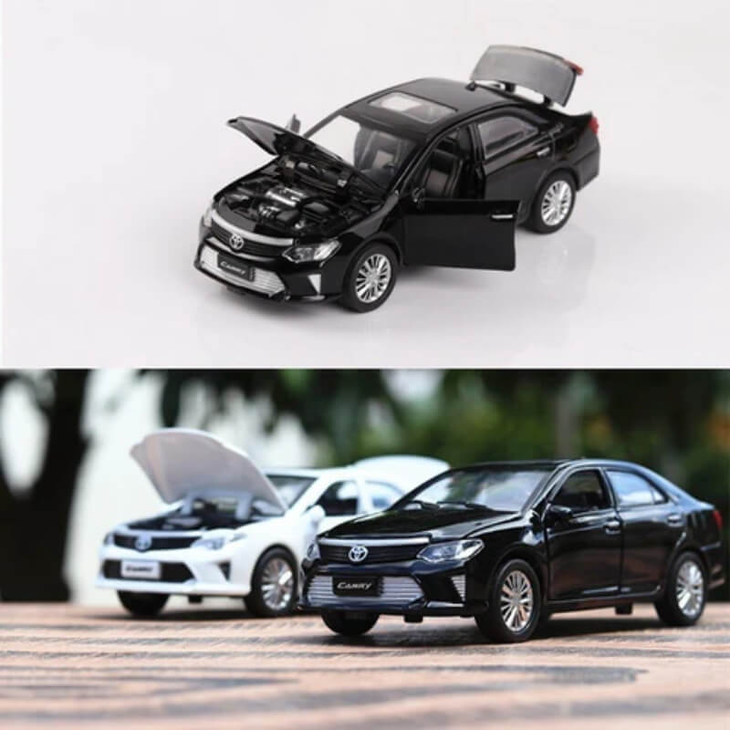 Die-cast Model Toyota Camry 2015