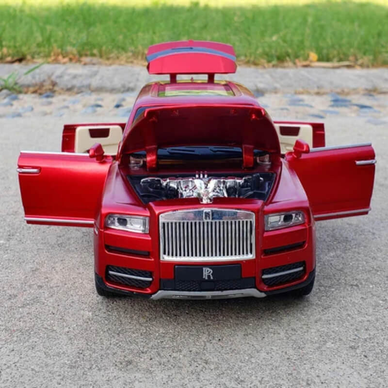 Metal Body Diecast Rolls Royce Cullinan With Light And Sound