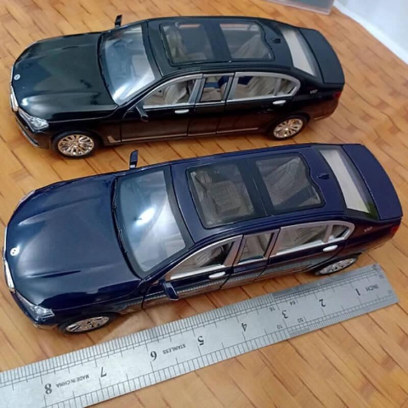 Metal Body Diecast BMW 7 Series 760Li With Light And Sound
