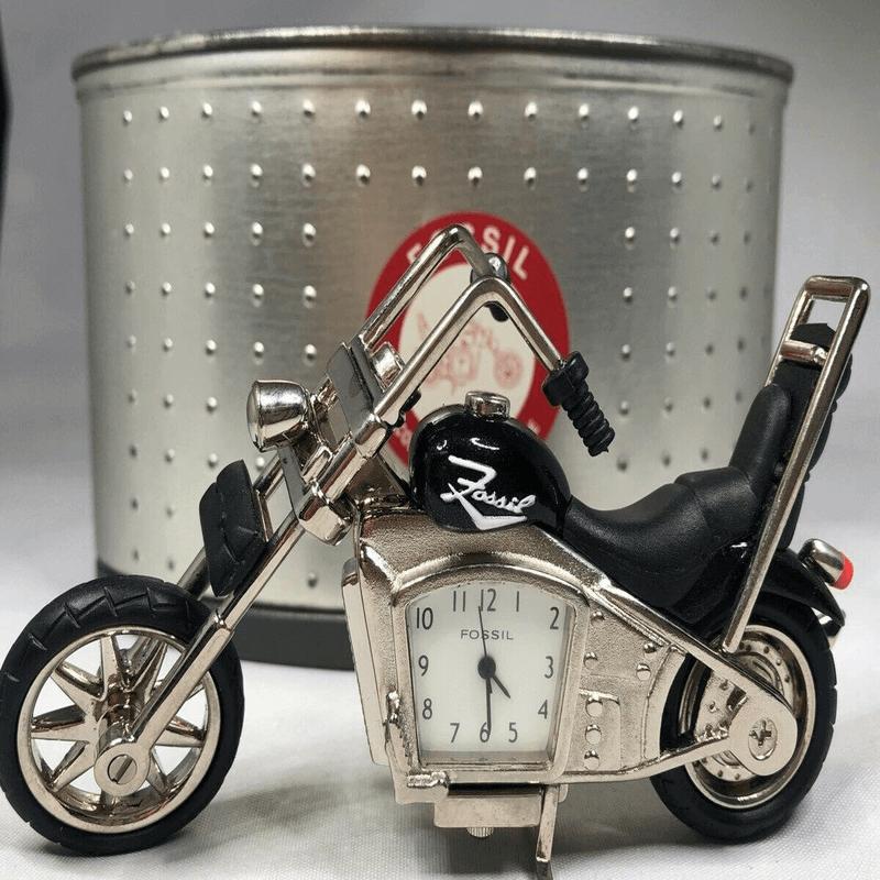 fossil-brand-antique-harley-davidson-bike-clock-metal-black