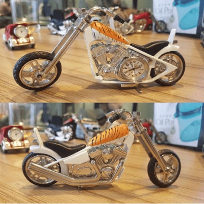 fossil-brand-antique-chopper-bike-clock-metal-cheetah
