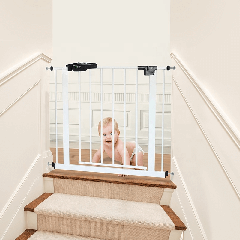 staircase-child-safety-door-guard-protection