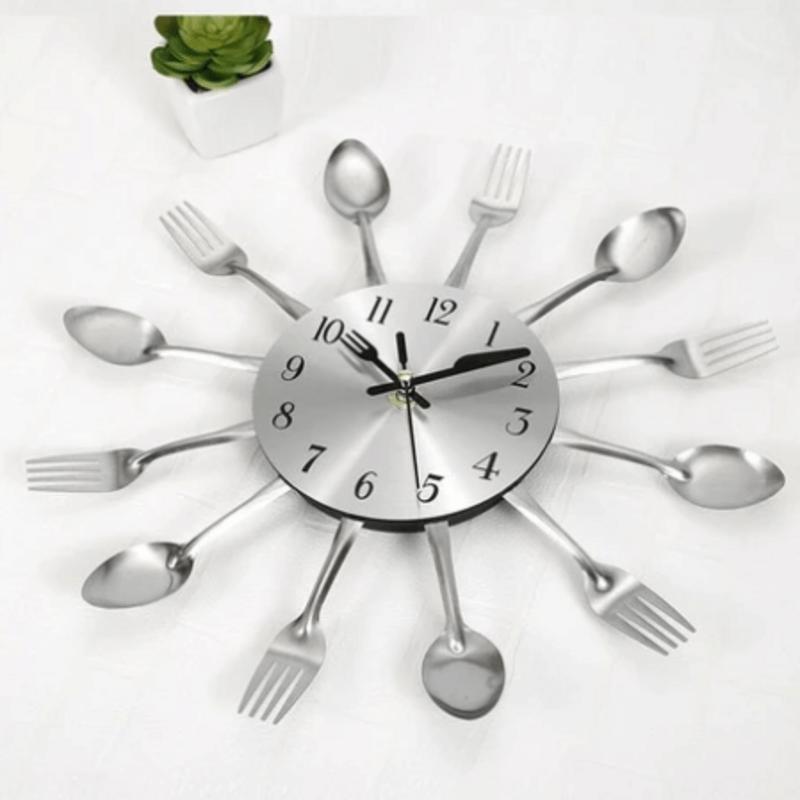 silver-fork-spoon-kitchen-cutlery-wall-clock-pk