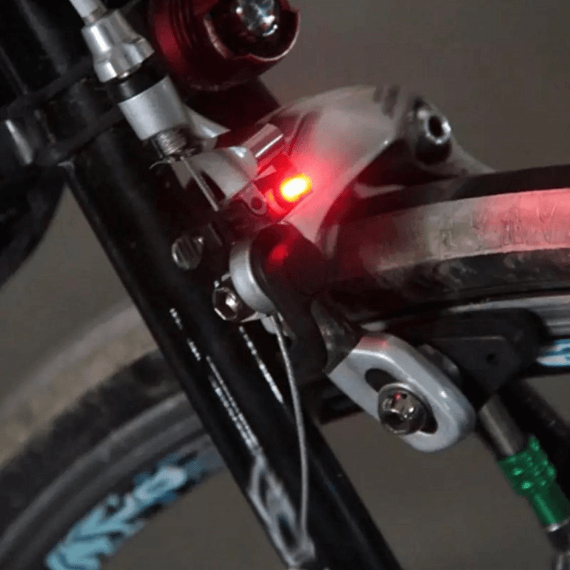 bicycle-rainproof-brake-LED