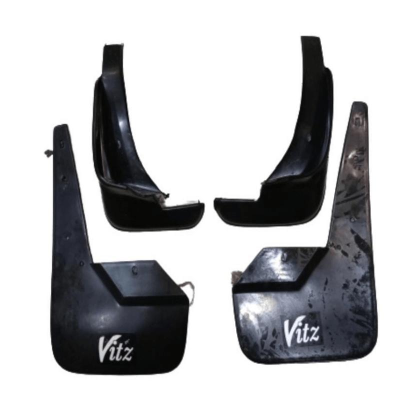 vitz-mud-flap-set