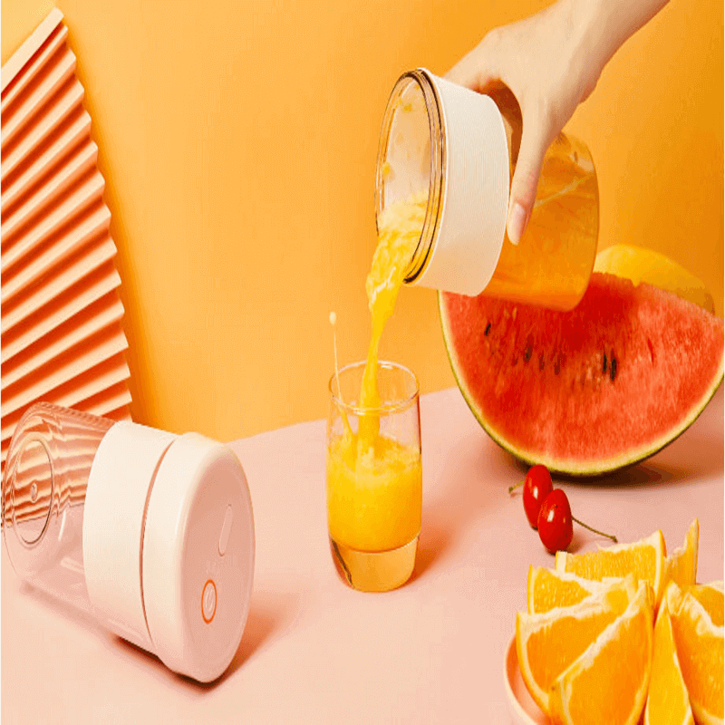 Portable Rechargeable Personal Juicer Cup