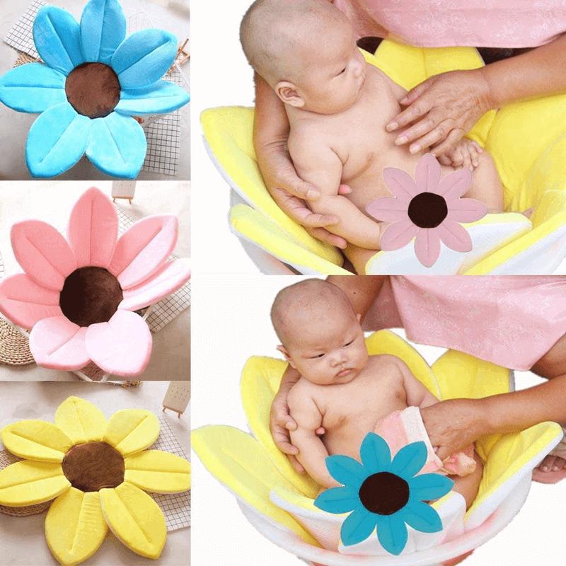baby-bath-blooming-flower-bath-tub-mat