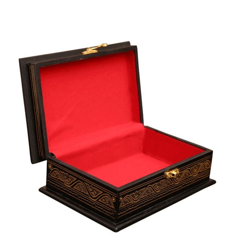 wooden-jewelry-case