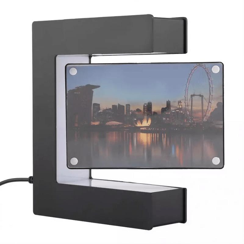 magnetic-floating-photo-frame