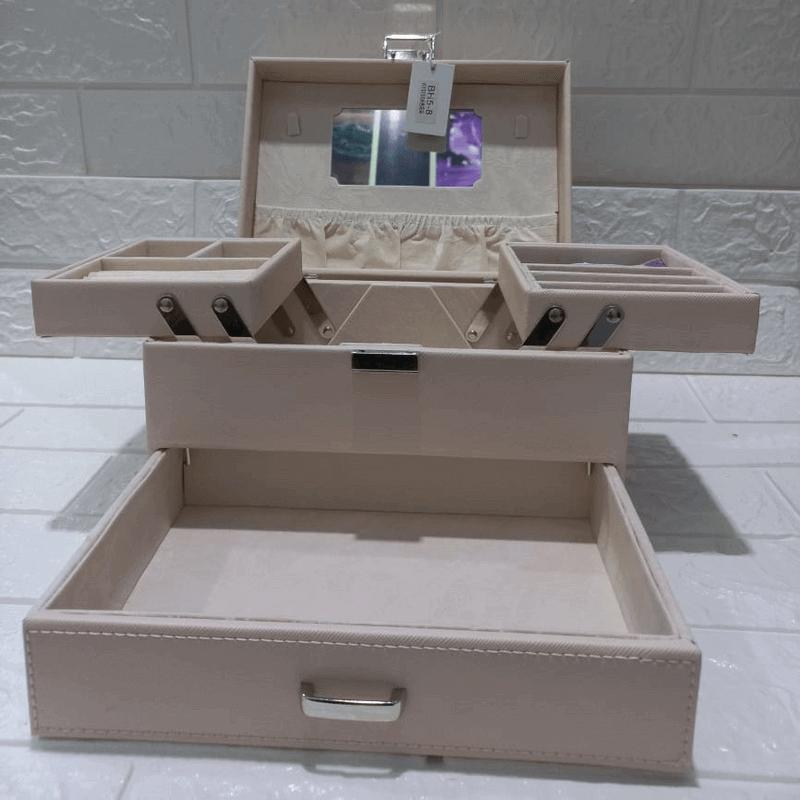 3-layer-jewelry-organizer